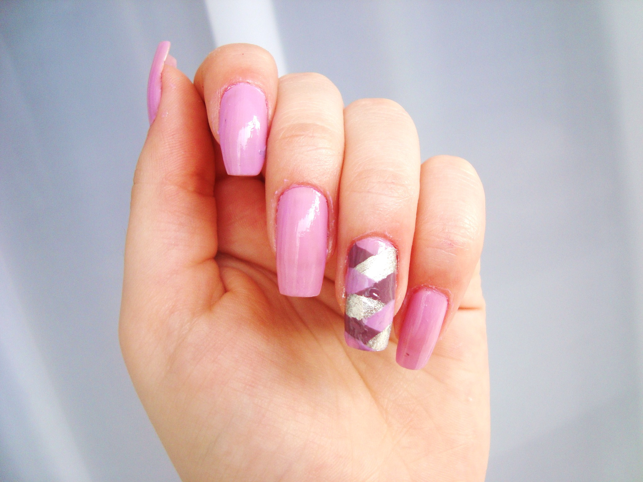 Shell or Gel Nail Extension Image